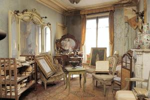 Madame de Florian's apartment; Source: The Meta Picture